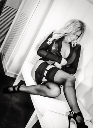 Eyline outcall escorts in Easton & adult dating